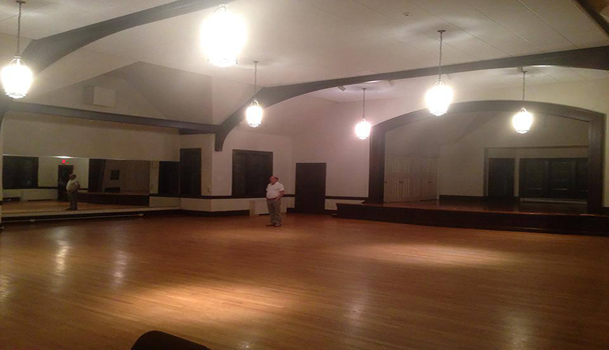 Salsa Dance Studio Newton - Star Dance School