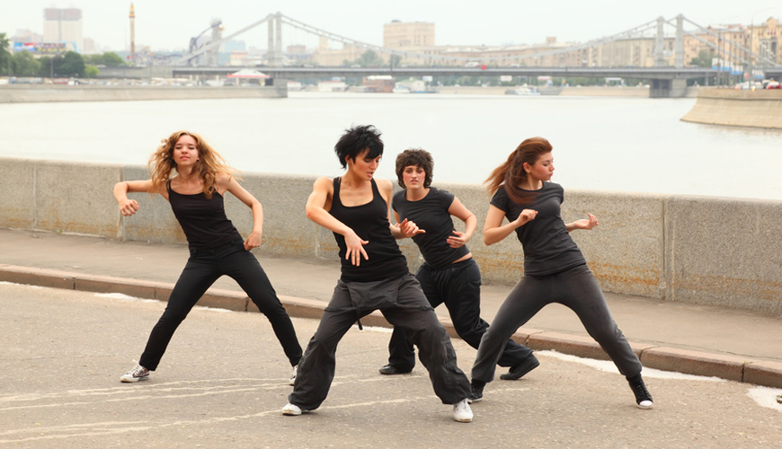 Hip hop dance classes for adults